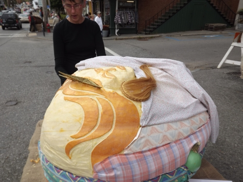 The Princess and the Pea, pumpkin-style
